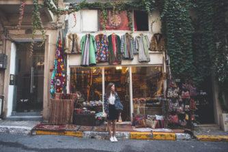 【安い】下北沢のおすすめ古着屋9選。100円から買えるお店から700円均一のお店など盛りだくさん!【オシャレ】