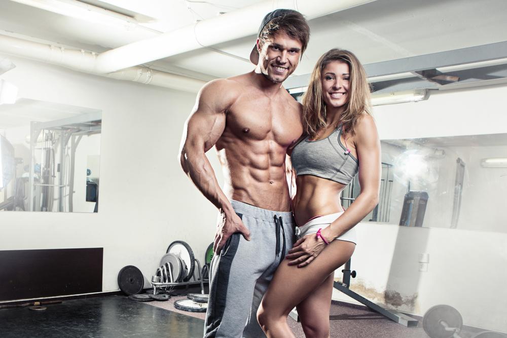 モテを意識して筋肉質な男性を目指すなら「肩幅広め細マッチョ」一択だった?
