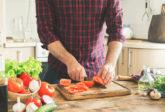 食事で男のアンチエイジング!老化を防ぐ効果ある食べ物や成分は?