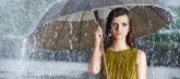 梅雨の湿気だけが原因じゃない。ベタベタ肌こそ保湿が必要な理由とは?