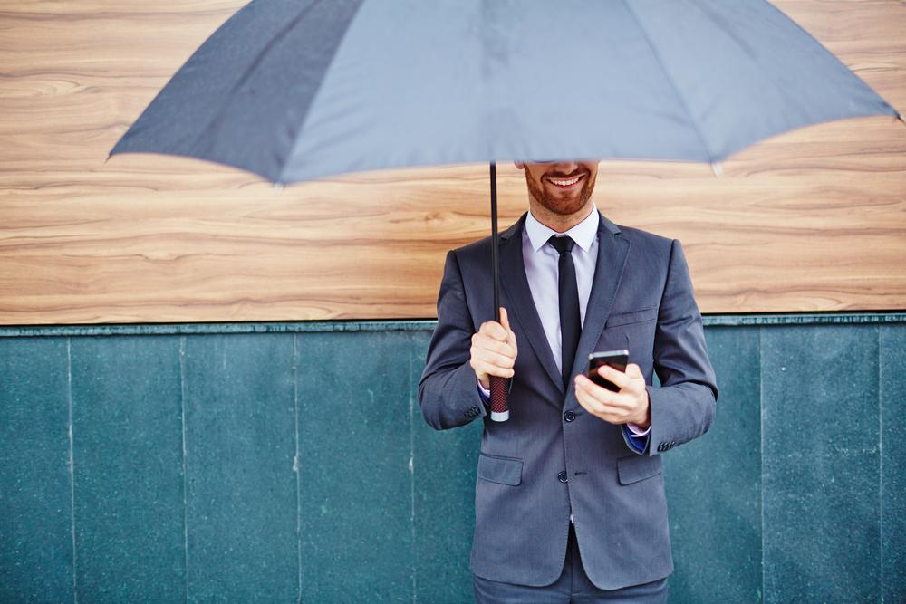 【すぐ使える例文付】じめじめした梅雨の季節に使うべき時候の挨拶とは?