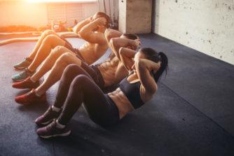 腹筋は毎日鍛えるべき?最速でトレーニング効果を出す方法とは