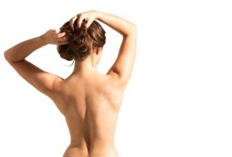 「肩甲骨ダイエット」は背中だけじゃなく全身痩せにも効果的。ストレッチ方法を解説!