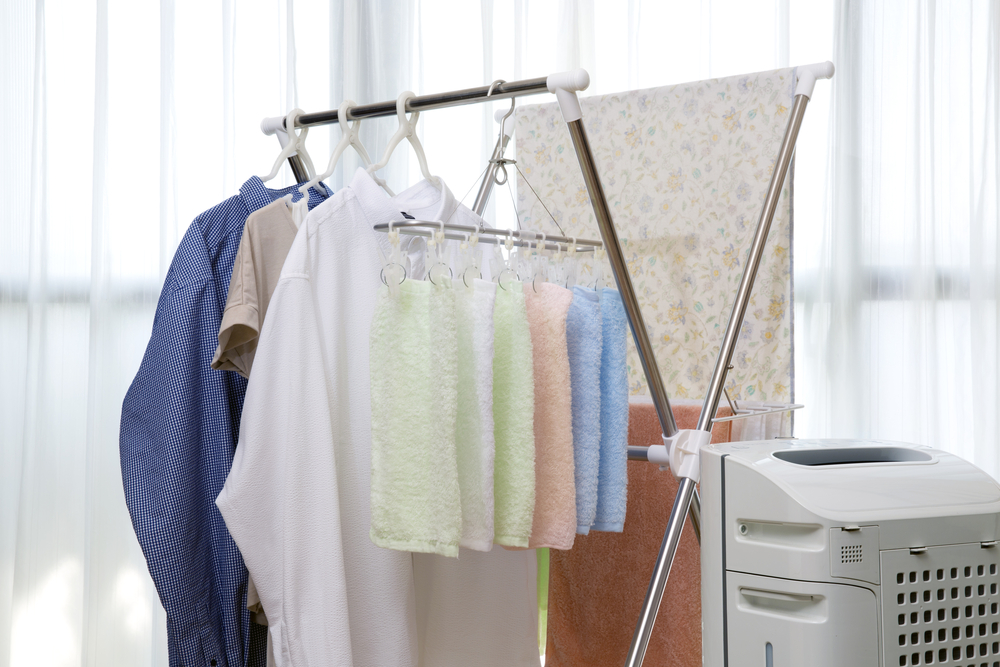【部屋干しの臭い】はこれで防げる。雨の日でも安心!「14つの対策法&対策グッズ」