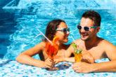 レジャープールじゃ落ち着かない。この夏行くべき「プール付きホテル」おすすめ13選
